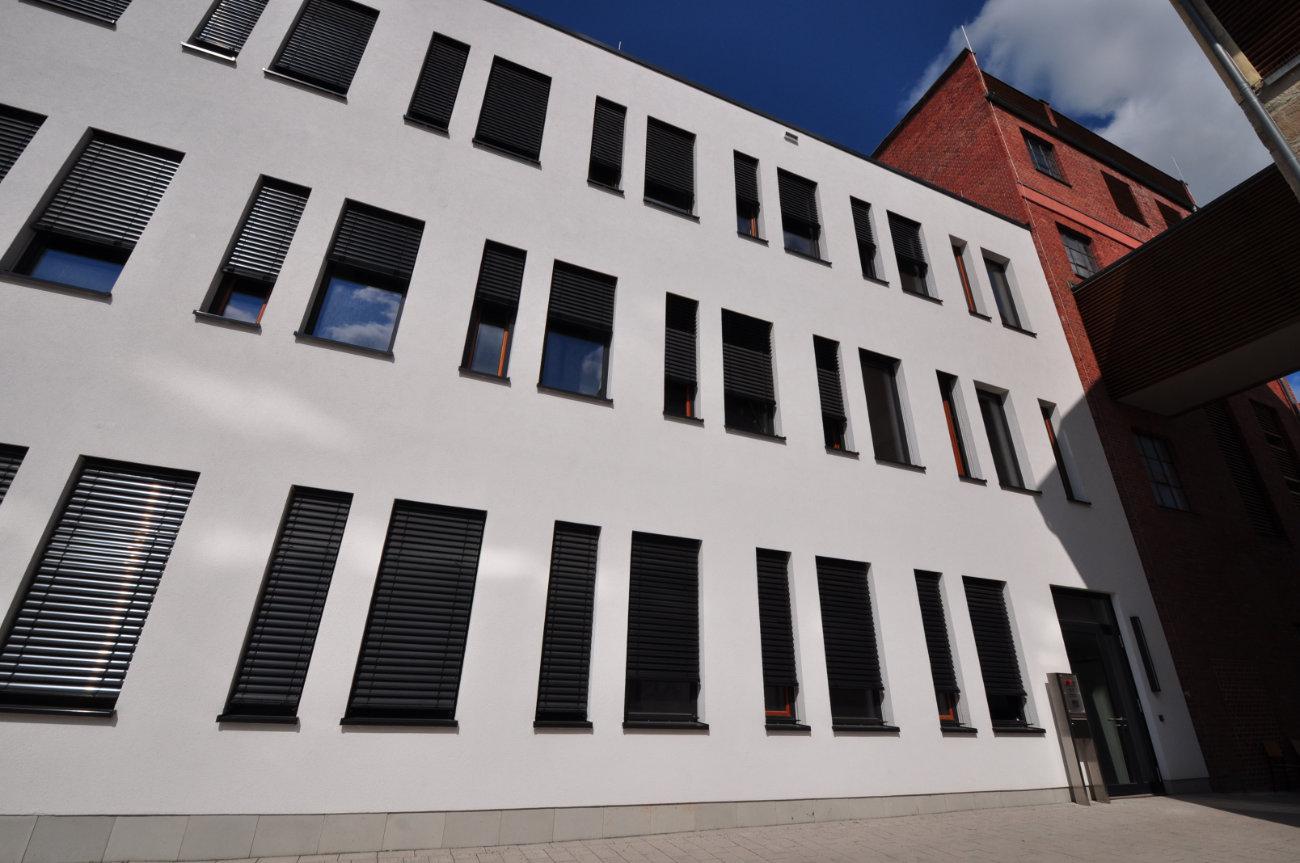 Home Isat Institut Fur Sensor Und Aktortechnik